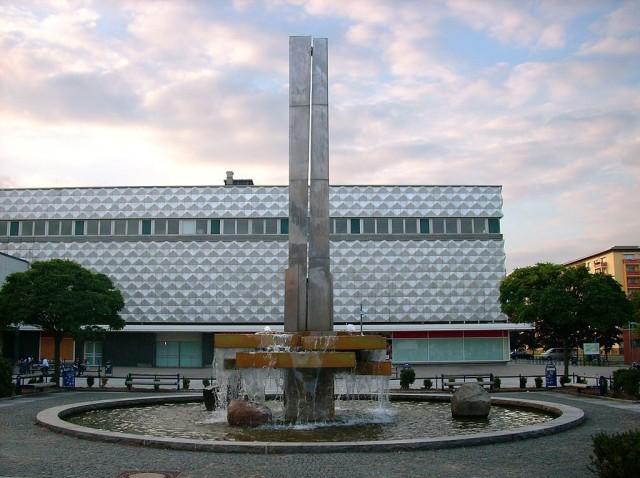 Lausitzer Platz Brunnen Warenhaus HY